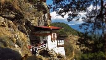 Kunzangdra Spiritual Tour