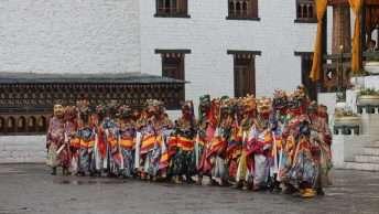 Pelden Lhamoi Domchoe Tour